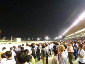 113008 300x225 - 園田競馬「ナイター効果あり」 入場者数や売り上げ増、来年も継続の方針