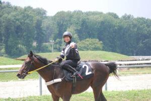 02d3f625 300x202 - CBC賞の誘導馬に名古屋の新人女性騎手・木之前葵(19)が騎乗 ハート柄の勝負服がトレードマーク、今年デビューで既に6勝