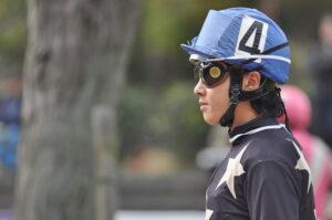0616031 300x199 - 左目失明の宮川実騎手(高知)が通算1000勝達成 「自分がやりたい仕事をしているだけ。誰よりも馬を上手に走らせたい」