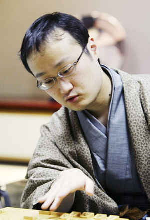 070102 - 競馬通で知られる棋士、渡辺明3冠が栗東トレセン訪問 NHKの番組で福永祐一騎手と対談