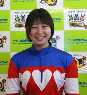 5018c4ed - CBC賞の誘導馬に名古屋の新人女性騎手・木之前葵(19)が騎乗 ハート柄の勝負服がトレードマーク、今年デビューで既に6勝