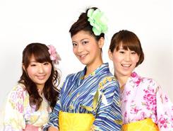 325b7efa - 新潟夏競馬のキャンペーンガール「Cool!Girls」がHOTな競馬場を打ち水でCoolに!エキサイティングな夏がここにある!