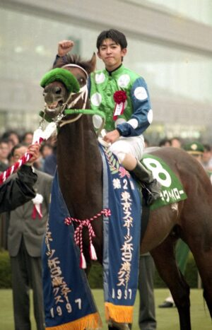 livejupiter 1629697500 21901 300x467 - 【血統】ソダシに中出ししても許される種牡馬